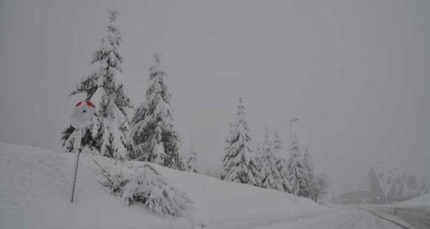 30 centimetri di neve nella notte sul Piancavallo